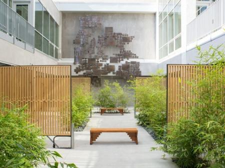 Elegant Courtyard   Apartments in Long Beach   Edison
