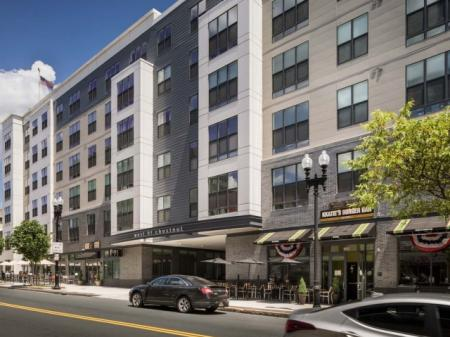 Quincy Massachusetts Apartments for Rent | West of Chesnut