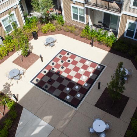 Outdoor Game Space | Verde at Howard Square