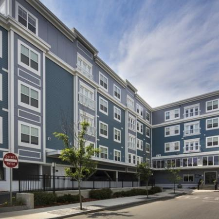 Apartments Everett MA | Wellington Parkside