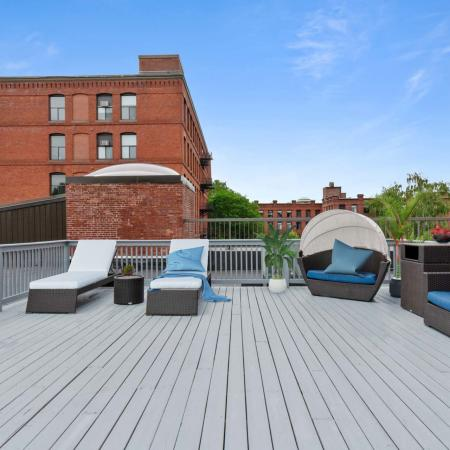 Resident Roof Deck | Apartments in Springfield MA | Stockbridge Court
