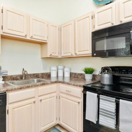State-of-the-Art Kitchen | West Warwick RI Apartment Homes |