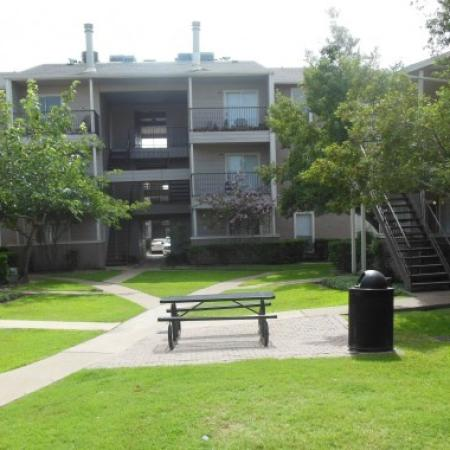 Apartment Homes in Houston | Walden Pond and the Gables2