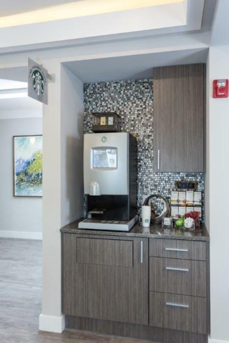 Resident Coffee Bar | Vanguard Heights