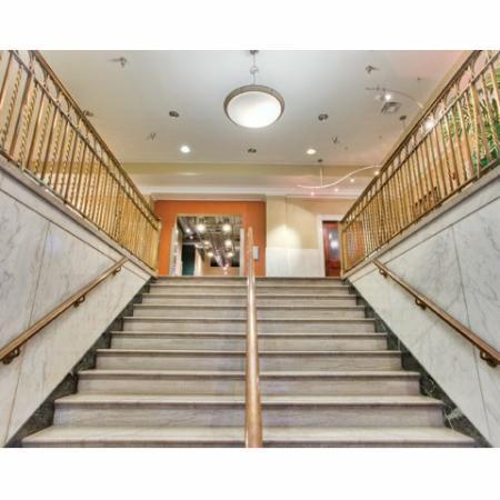 Richmond Virginia Luxury Apartments | Stair Case