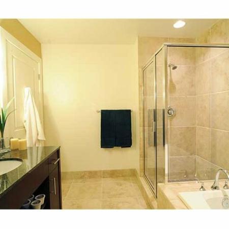 Luxury Apartments in Richmond | Bathroom