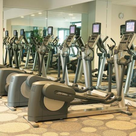 100 Apartments Fitness Center