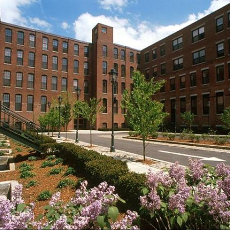1, 2 and 3 bedroom apartments in Cambridge MA | KBL Apartments