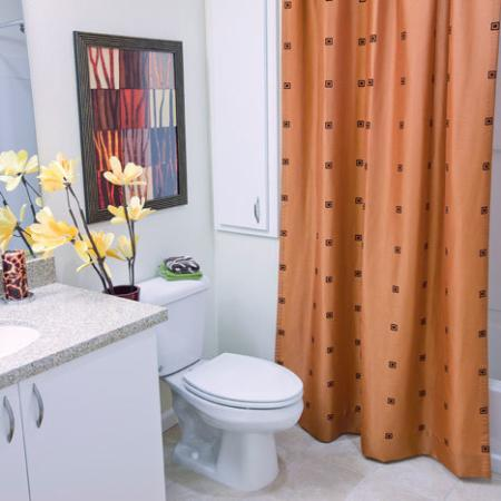 Show Bathroom | The Uptown