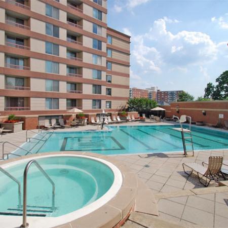 Swimming Pool at Lenox Park2