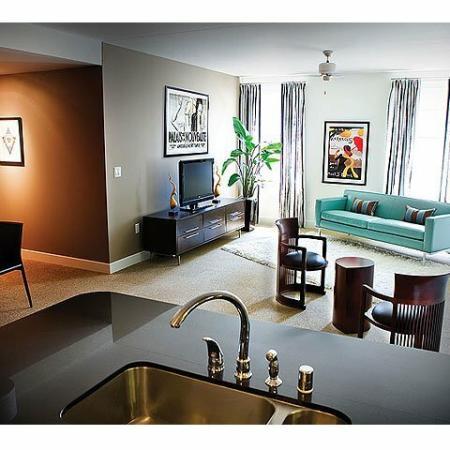 Downtown Dallas Apartments | The Merc