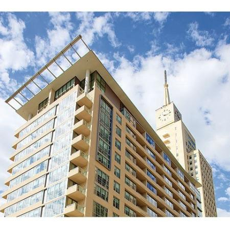 Downtown Dallas High Rise | The Element Mercantile Place Apartments