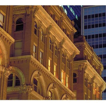 Dallas Luxury Apartments | The Wilson Mercantile Place