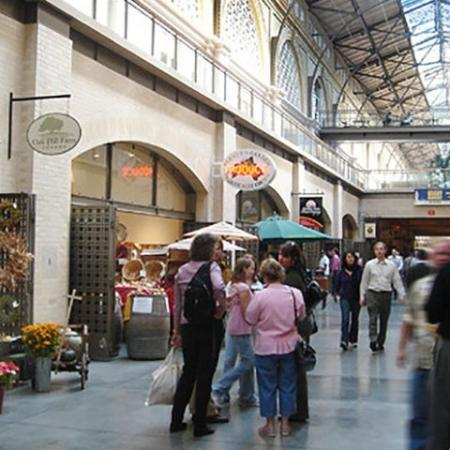 Local Markets in San Francisco | Bayside Village
