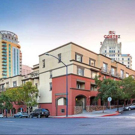 Downtown Luxury Apartments in San Diego | The Heritage