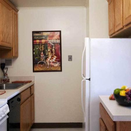 Fully-Equipped Kitchens | Independence Place Apartments