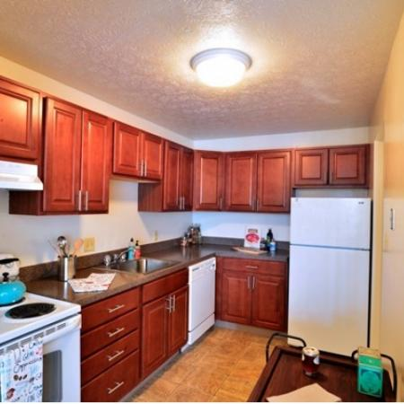 Spacious Eat-In Kitchen | Parma Apartments | Midtown Towers