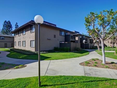 Walkways at Westchester Park Apartments in Tustin, CA.