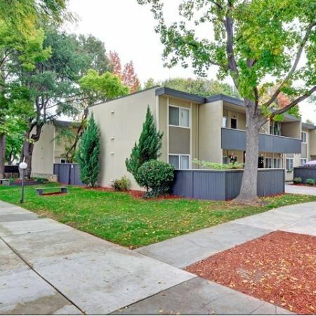 Trestles Apartments landscaping in San Jose, CA