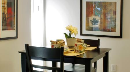 Dining area at Ramblewood Village Apartments in Mount Laurel, NJ