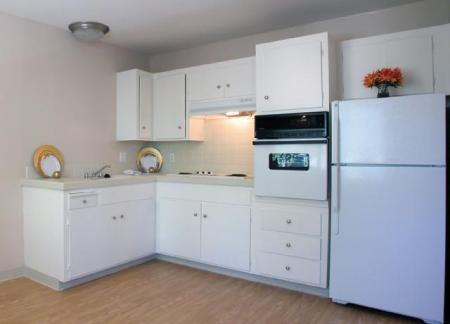 Trestles Apartments kitchen with appliances in San Jose, CA