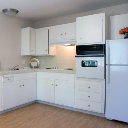 Trestles Apartments kitchen with appliances in San Jose, CA