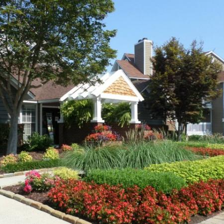 Welcome to Reafield Village Apartments in Charlotte, NC