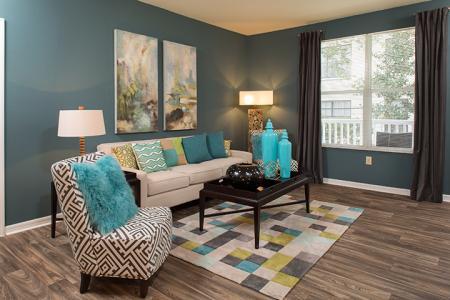 Living room at Arbor Walk Apartments in Tampa, FL