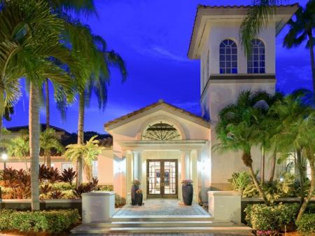 Welcome Home at Doral West Apartment Homes in Doral, FL