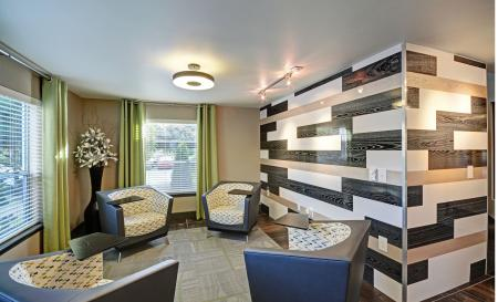 Wifi lounge at Beacon at Center Apartments in Everett WA