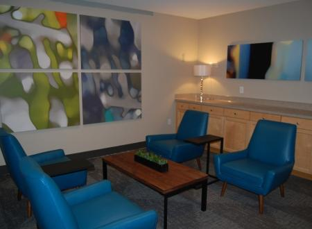 Wifi lounge at Newberry Square Apartments in Lynwood, WA