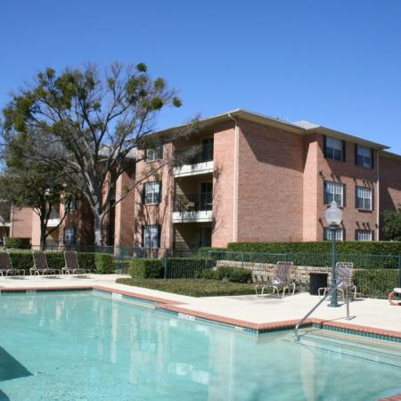 Swimming pool at Valley Ridge Apartment Homes in Lewisville, TX
