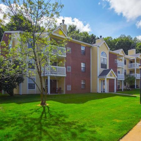 Exterior at Summer Ridge Apartments at Summer Ridge Apartments in Kalamazoo, Michigan
