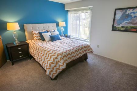 Large bedrooms at Oaks at Hampton Apartments in Rochester Hills, Michigan