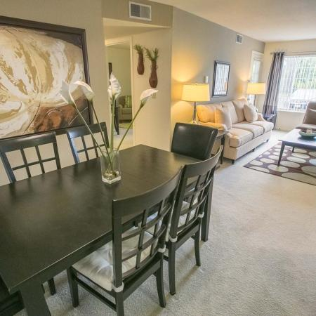 Dining Room at The Landings at the Preserve in Battle Creek, Michigan