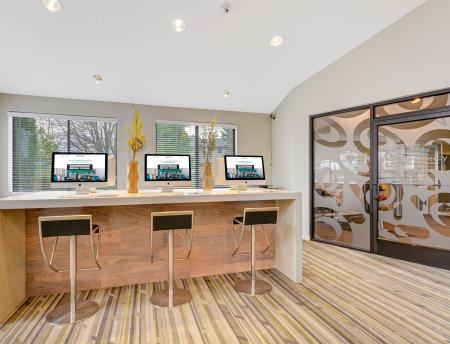 Business center at Grammercy Apartment Homes in Renton WA