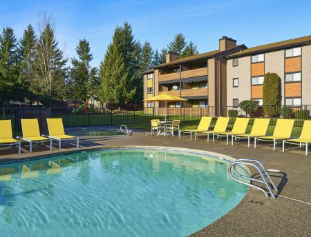 Pool at Grammercy Apartment Homes in Renton WA