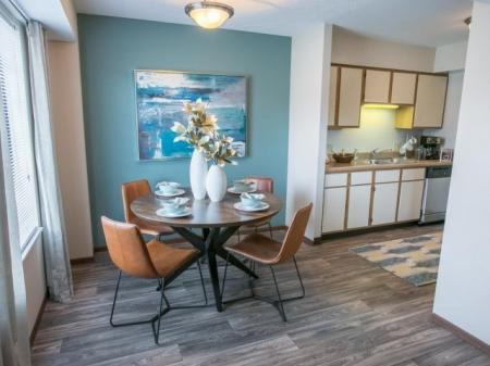 Dining area at Westchester Townhomes Rental Homes in Westlake, OH