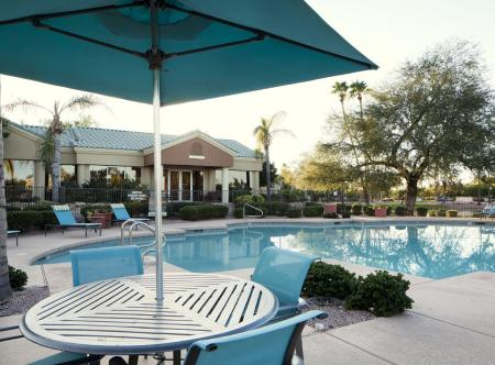 Picnic area at Lakeview at Superstition Springs Apartments in Mesa AZ