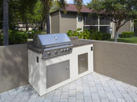 Grilling station at Siena Apartments in Plantation FL