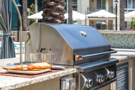 Barbecue Grills at Inwood Station Apartments in Dallas, TX