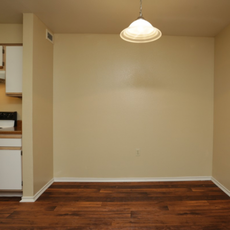 Dining area at Valley Trails Apartments in Irving, TX