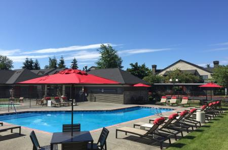 Outdoor pool at The Mark on 4th Apartments in Everett WA