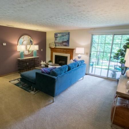 Large living room at Mallard's Crossing Apartments in Medina, Ohio