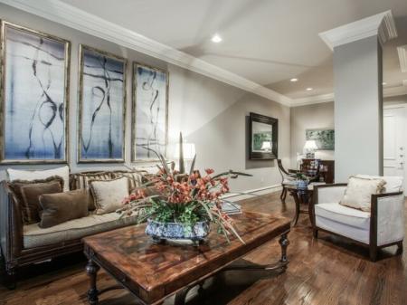Living Room at Rienzi at Turtle Creek in Dallas, TX