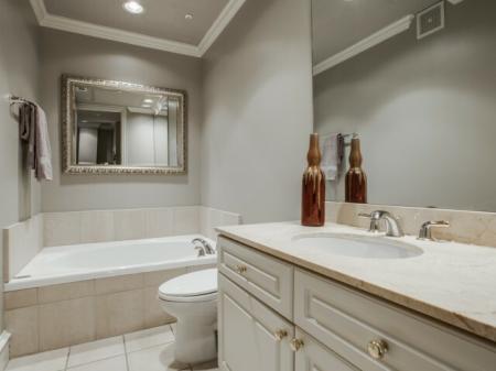 Bathroom-Rienzi at Turtle Creek in Dallas, TX