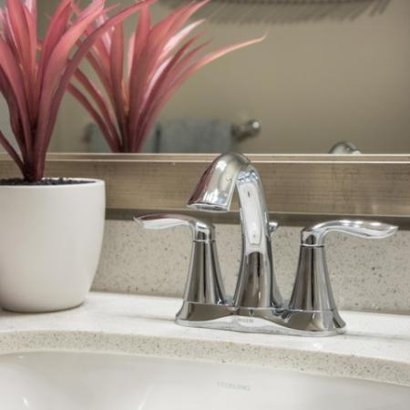 Valentia La Habra - Bathroom Countertop