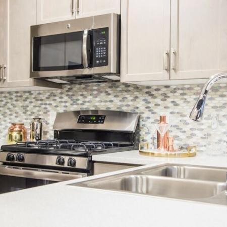 GE Appliances at Valentia Apartments in La Habra, CA