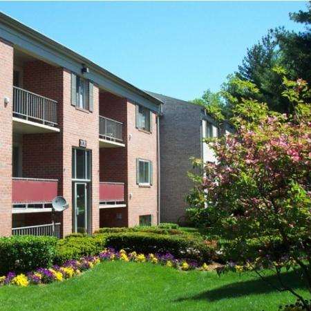 Clean kept grounds at Oakfield Apartments in Silver Spring, MD