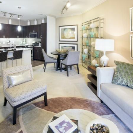 Enclave at Potomac Club Apartments in Woodbridge, VA living room